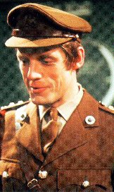 Mike Yates played by Richard Franklin